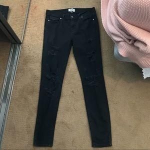 Black distressed pants